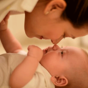 30 Little Ways to Bond With Your Baby